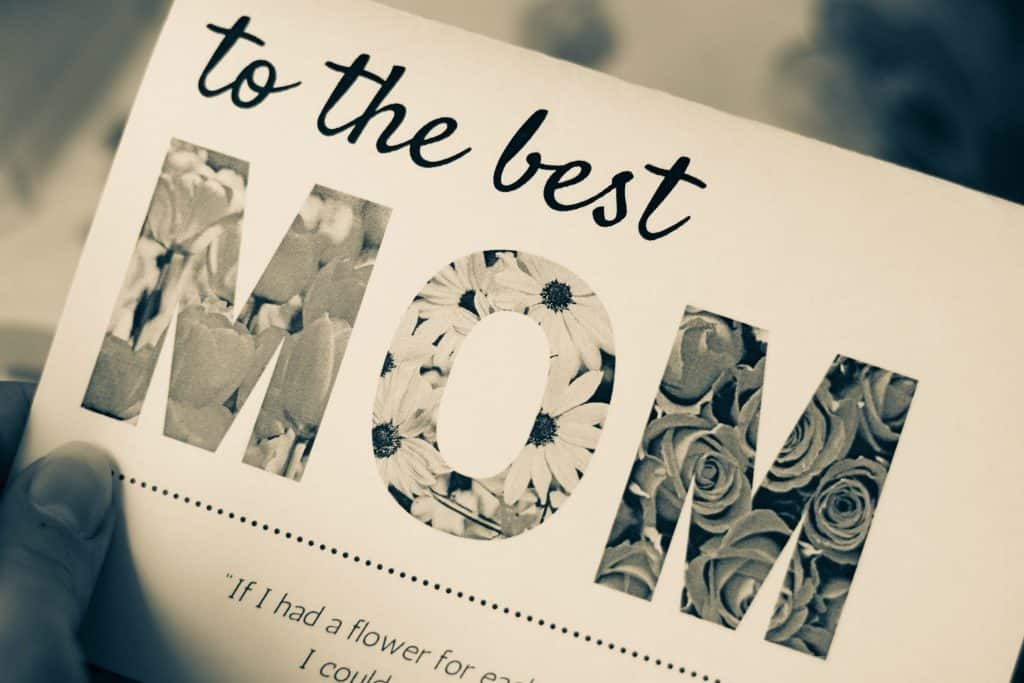 """A """"to the best MOM"""" mother's day card"""