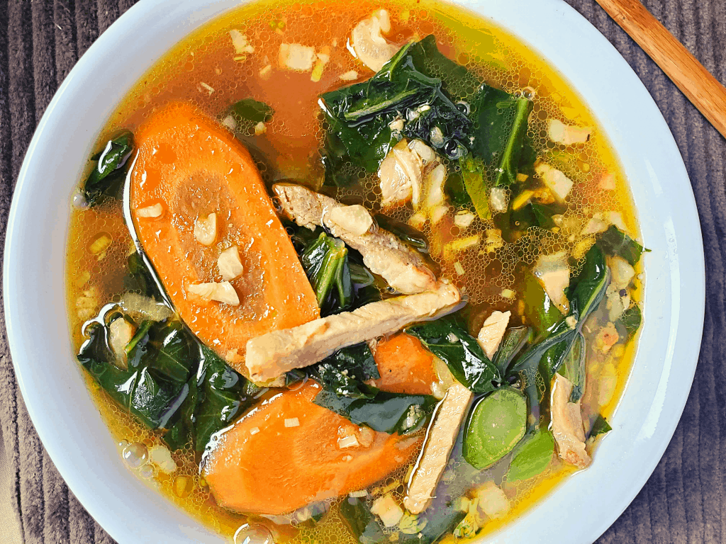 closeup of chinese vegetable soup in a bowl