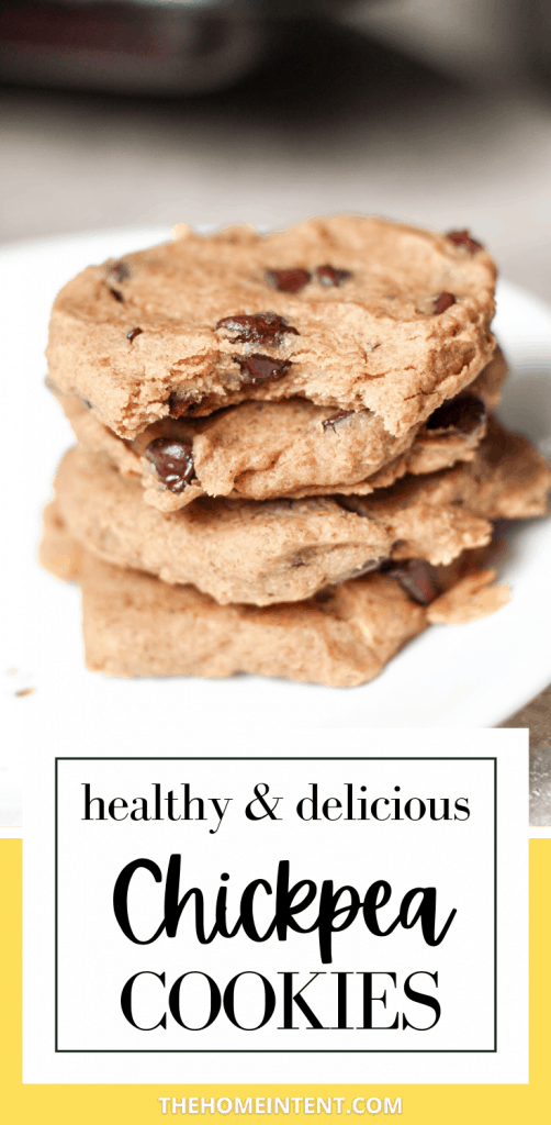 Healthy and delicious chickpea chocolate chip cookies #healthy #dessert #vegan #plantbased #chocolatechip #cookies