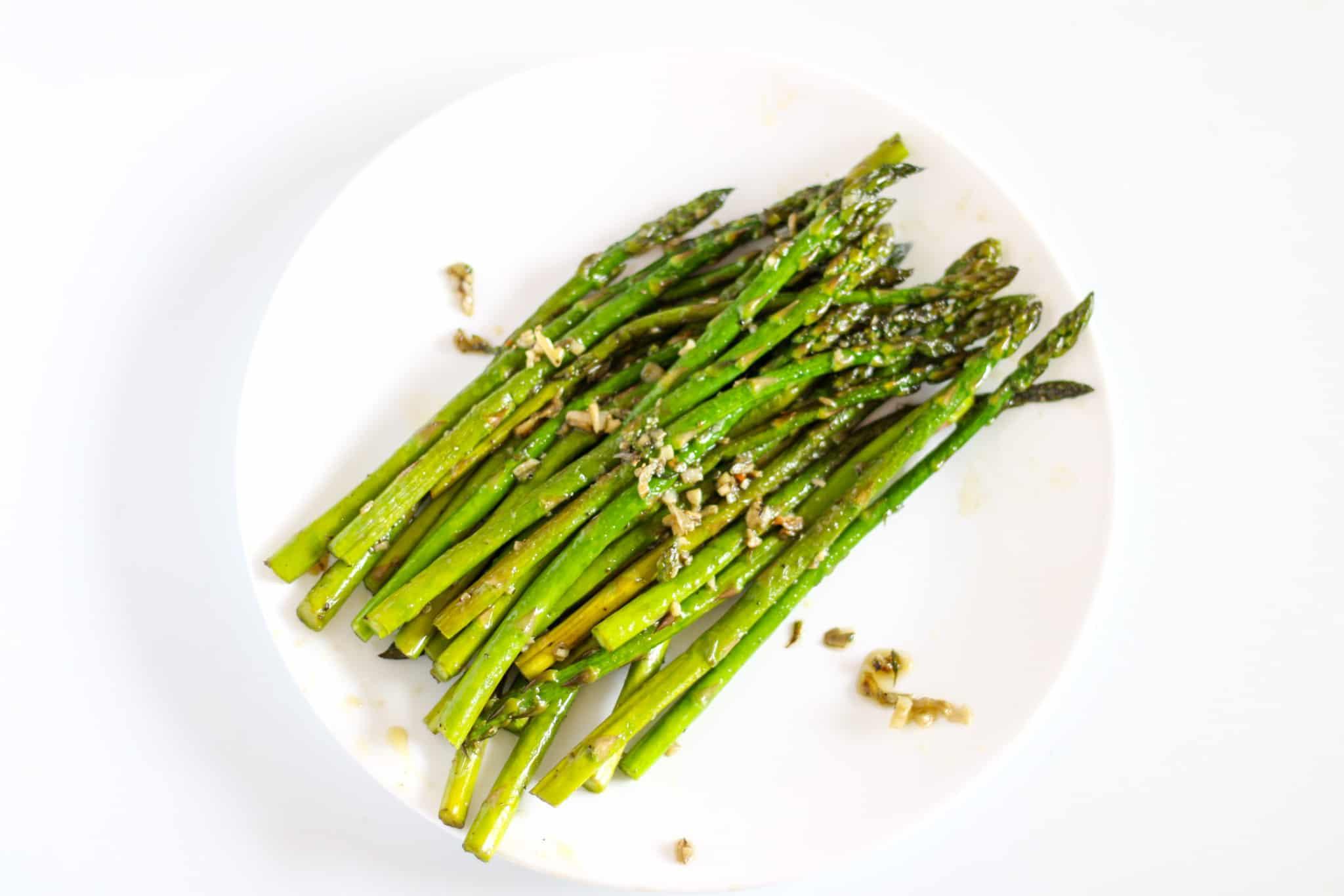 asparagus spears on a plate